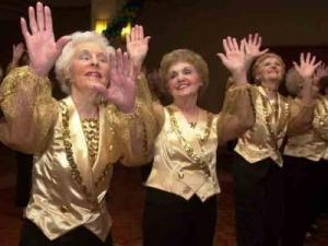 dancing-old-ladies
